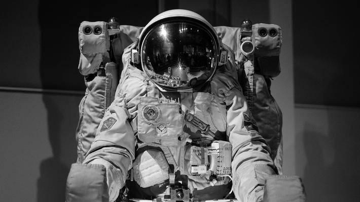 当机器人开始替代宇航员
