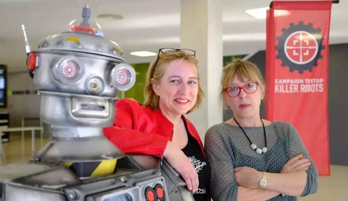 """这两位诺奖女人向杀人机器人发起了""""攻击"""""""