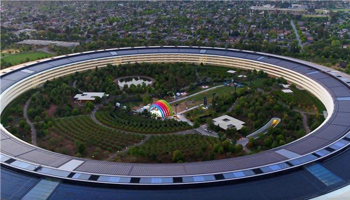 苹果宣布飞船总部大楼开园:彩虹元素满满