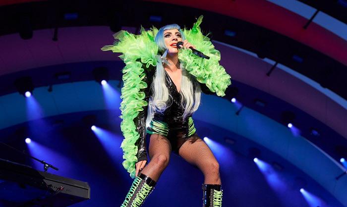亚马逊牵手Lady Gaga 美妆零售行业或迎来变革