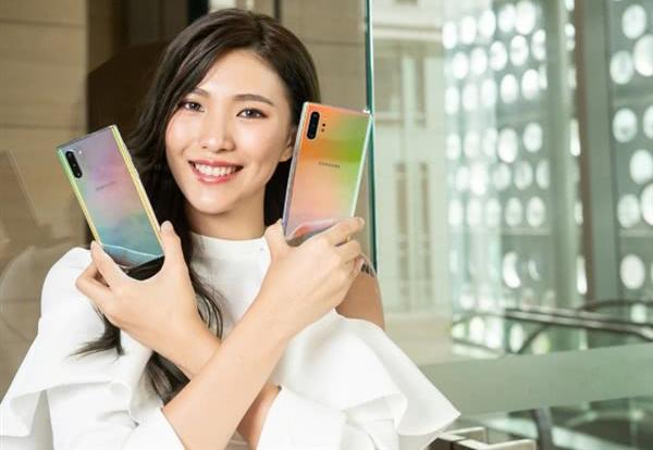 Galaxy Note 10前置摄像头大改 三星如此解释