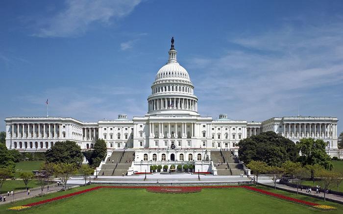 贝索斯等50多位CEO签联名信 呼吁国会制定数据隐私法