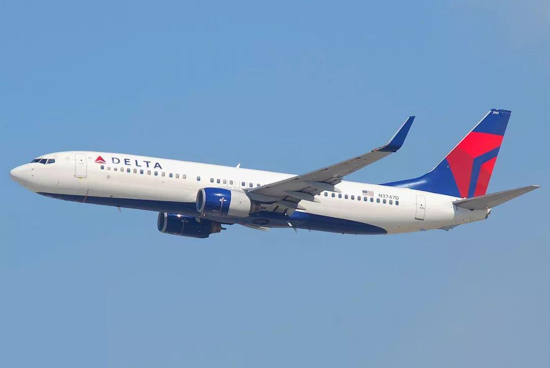波音称在全球多达50架飞机因机身出现裂缝而停飞