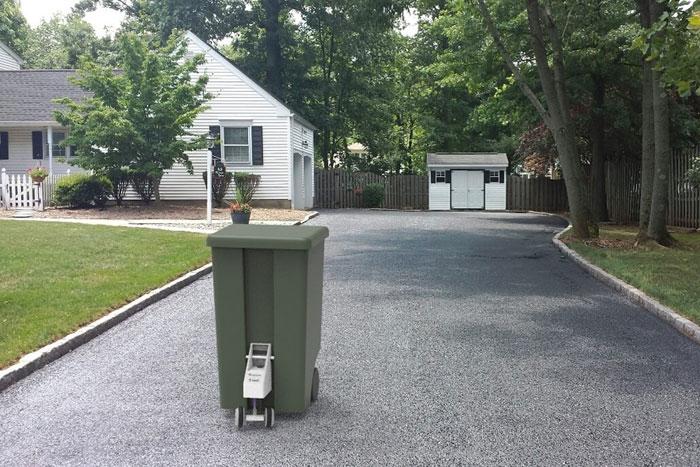 懒人垃圾箱:SmartCan可自动跑到路边迎接清运车