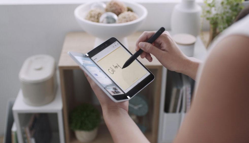 微软解释Surface Duo双屏设备为何只有一个摄像头