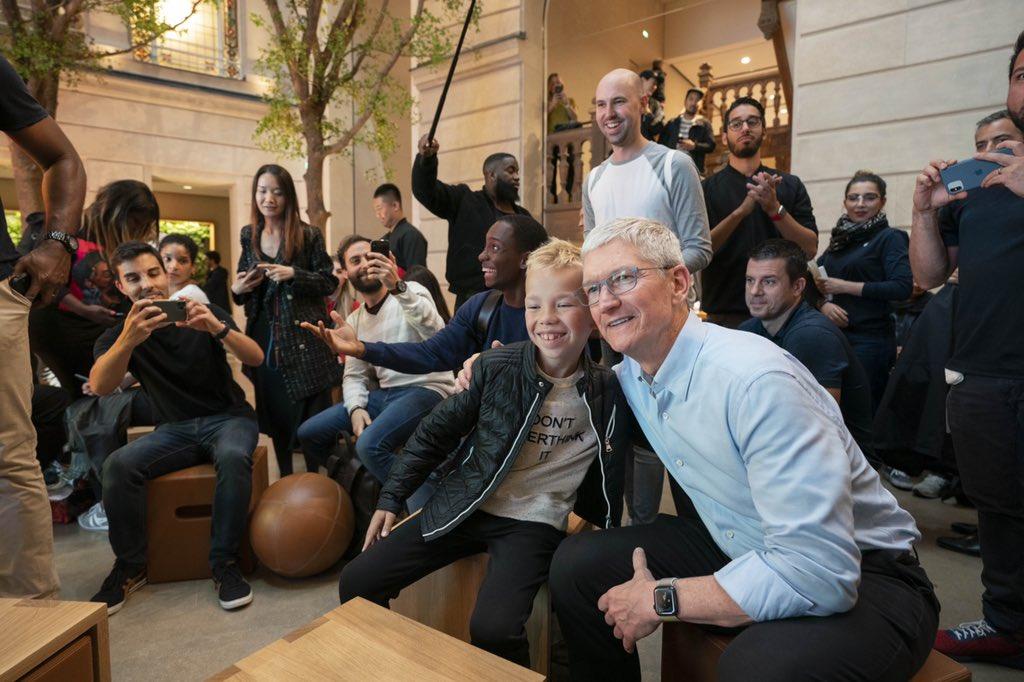 库克欧洲接受采访:理性的人不会视苹果为垄断者