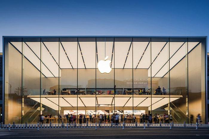 苹果财报解读:iPhone不再是唯一 服务、配件成热点