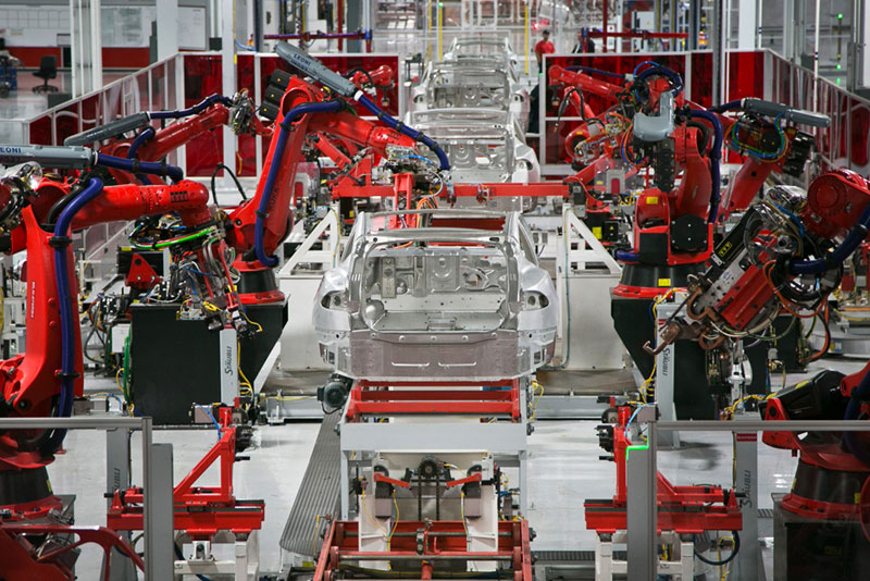 """奠基到预产仅10个月 特斯拉上海工厂跑出""""中国速度"""""""