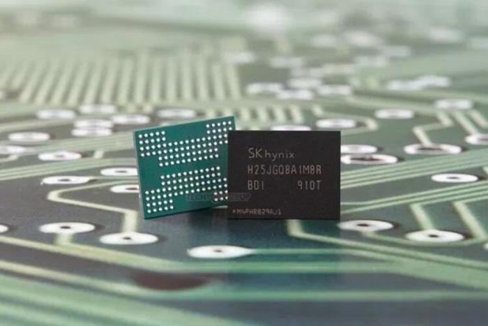 美媒:忧重要芯片遭海外断供 美国力推重建半导体产能