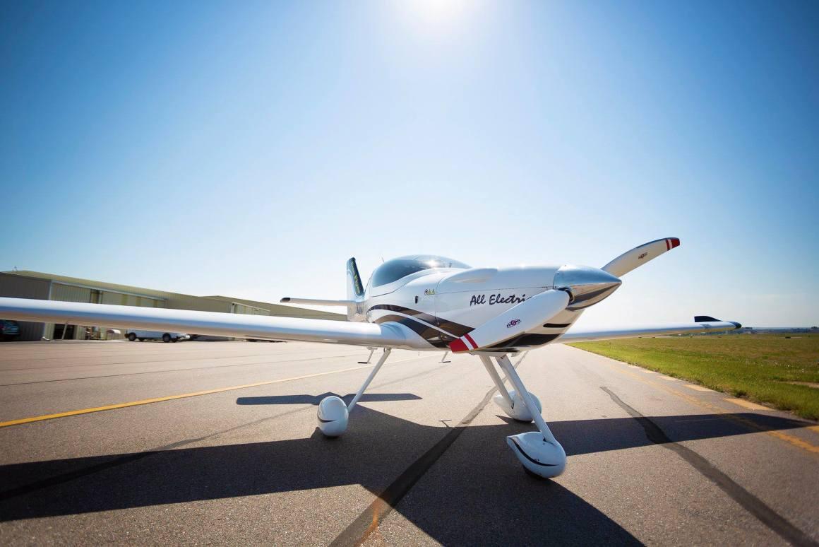 超高密度锂硫电池有望使电动飞机的飞行距离加倍