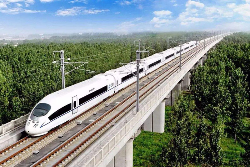 十年后我国高铁里程将达到4.5万公里 大城市4小时内即达