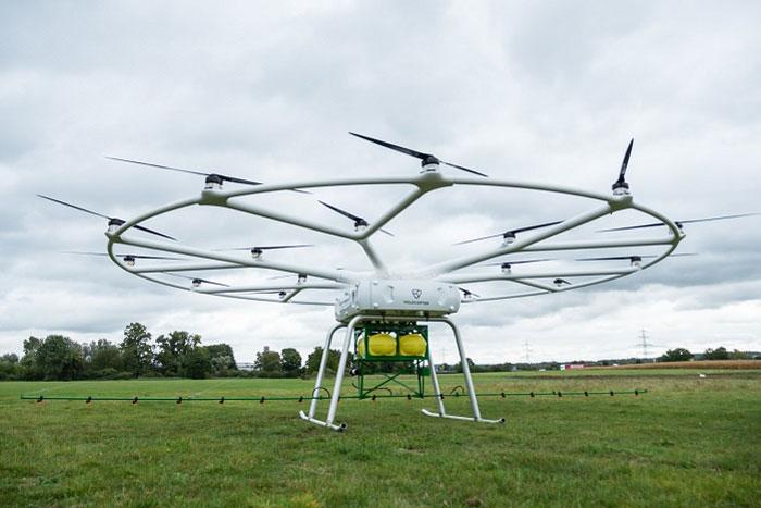 携手John Deere:Volodrone将被改造成大型农药喷洒无人机