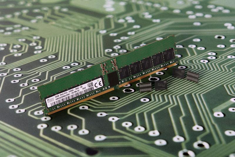 中国存储芯片实现历史性突破 明年可占全球5%份额