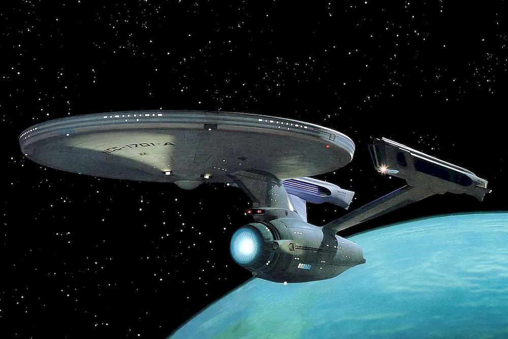 [图]天体物理学家@马斯克:该全力开发《星际迷航》中曲速引擎飞行器