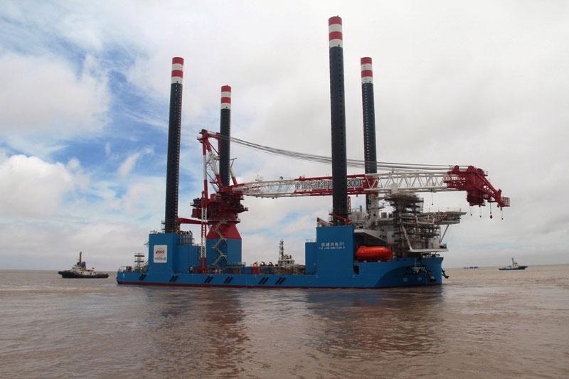 起吊达1300吨可抗16级台风 我国又添海工重器