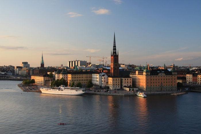 沃尔沃关闭瑞典哥德堡工厂 瑞典18日起关闭部分学校