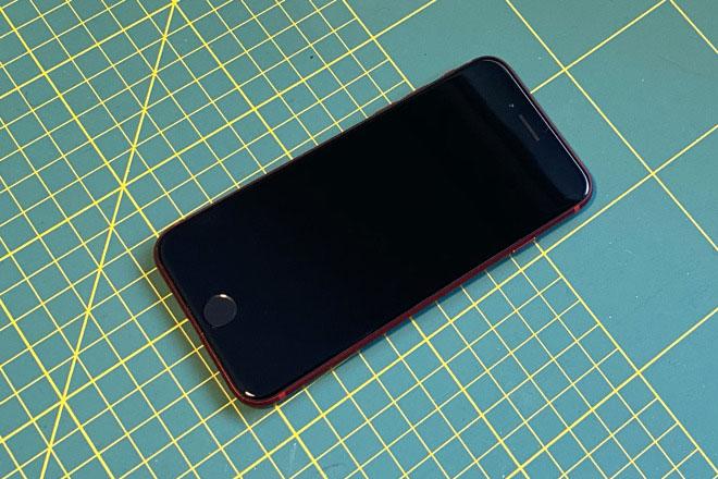 iPhone SE 2020版现已开始预购 真机多图抢先看