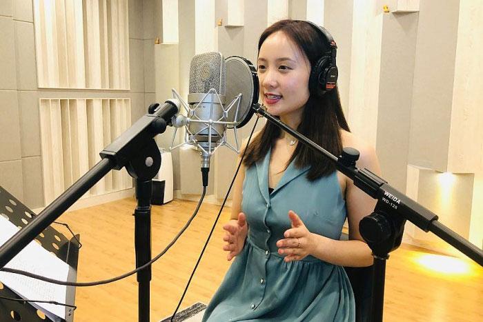 人工智能开口说四川话,教会它的95后女孩月薪十万