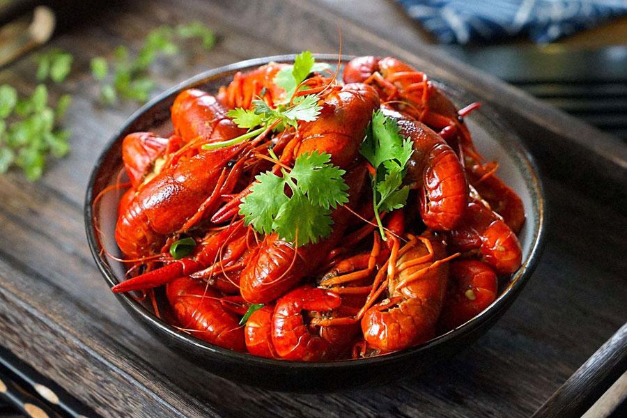 小龙虾的头、虾黄到底能不能吃?太可怕了