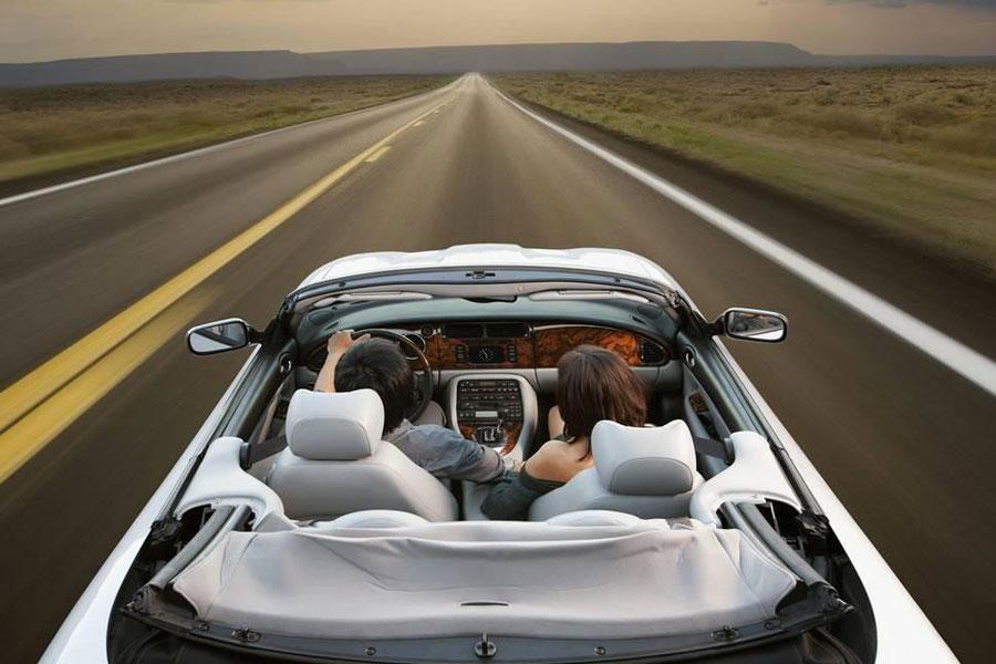 汽油低至3.7元/升!外媒:近1/3美国人想趁低油价自驾游 不顾疫情风险