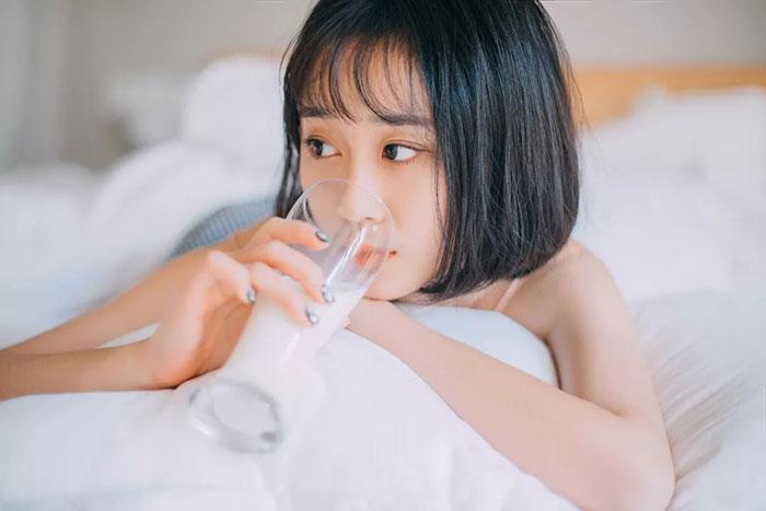 睡前喝杯热牛奶,你的身体将面临这些问题