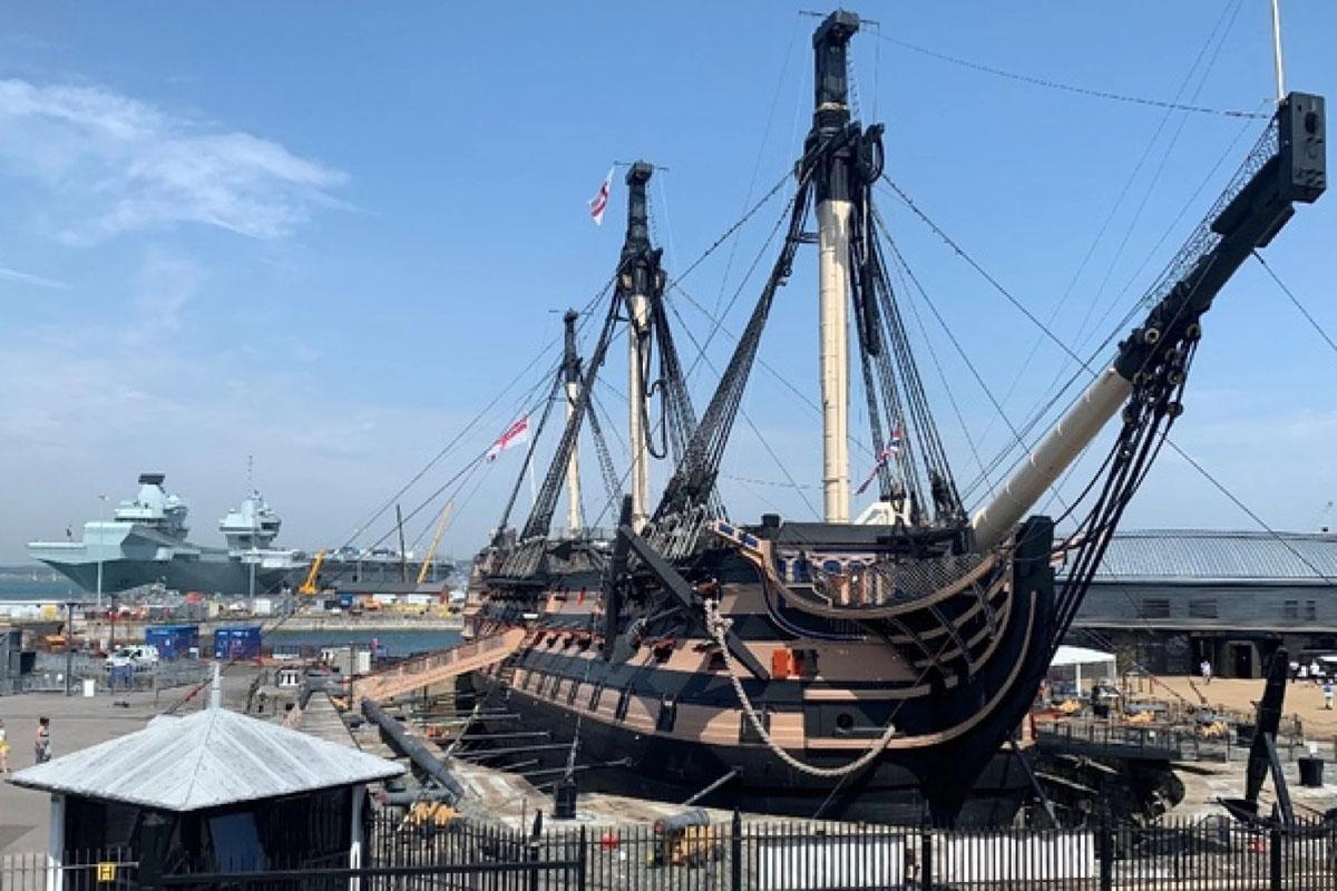"""成为干船坞近一个世纪后:HMS Victory再次实现""""漂浮"""""""